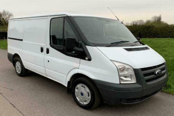 Ford Transit Cargo Van Hire Thessaloniki